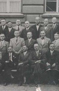 Gruppenbild, Der Gamsbart